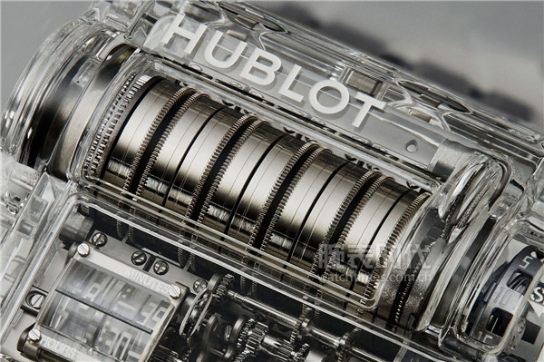 Hublot-MP-07-Sapphire-Special-Edition-2