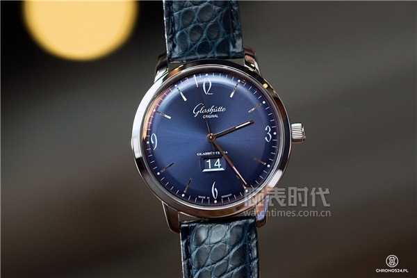 glashutte_original_sixties_panorama_date_22