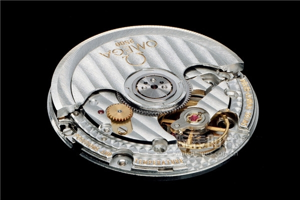 Omega-Calibre-2500-Co-Axial-escapement